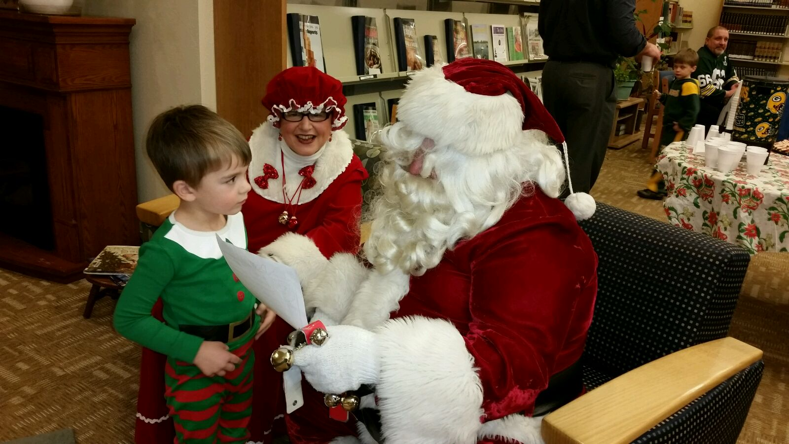 The children enjoyed having Mr. & Mrs. Claus at the library!